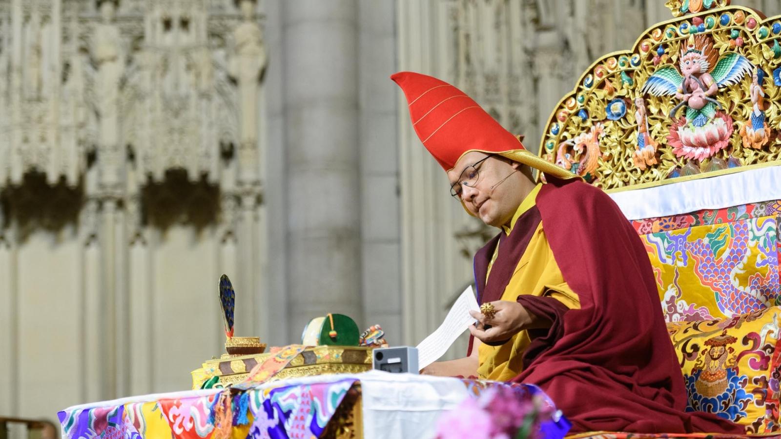 Karmapa reads text