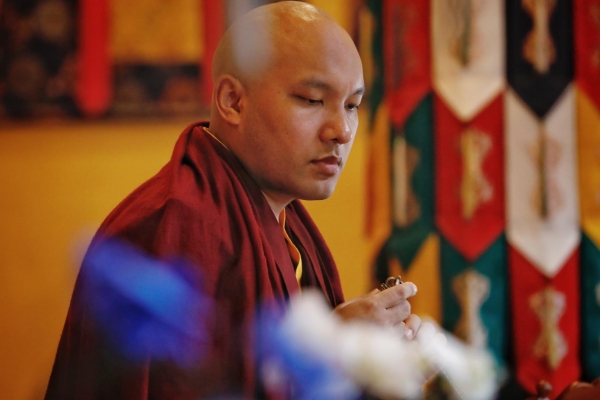 Karmapa performing Guan Gong