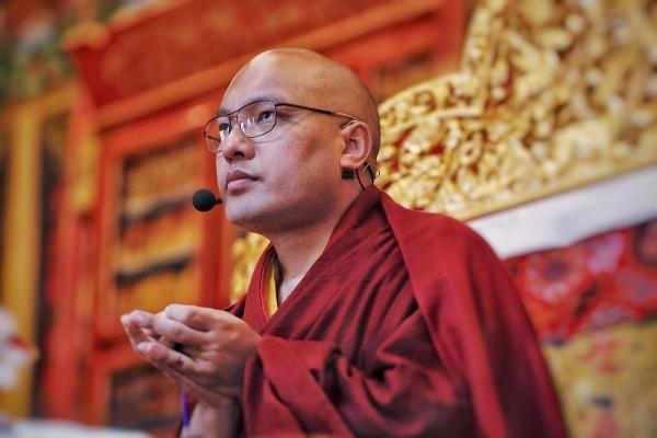 Karmapa at KTD on throne
