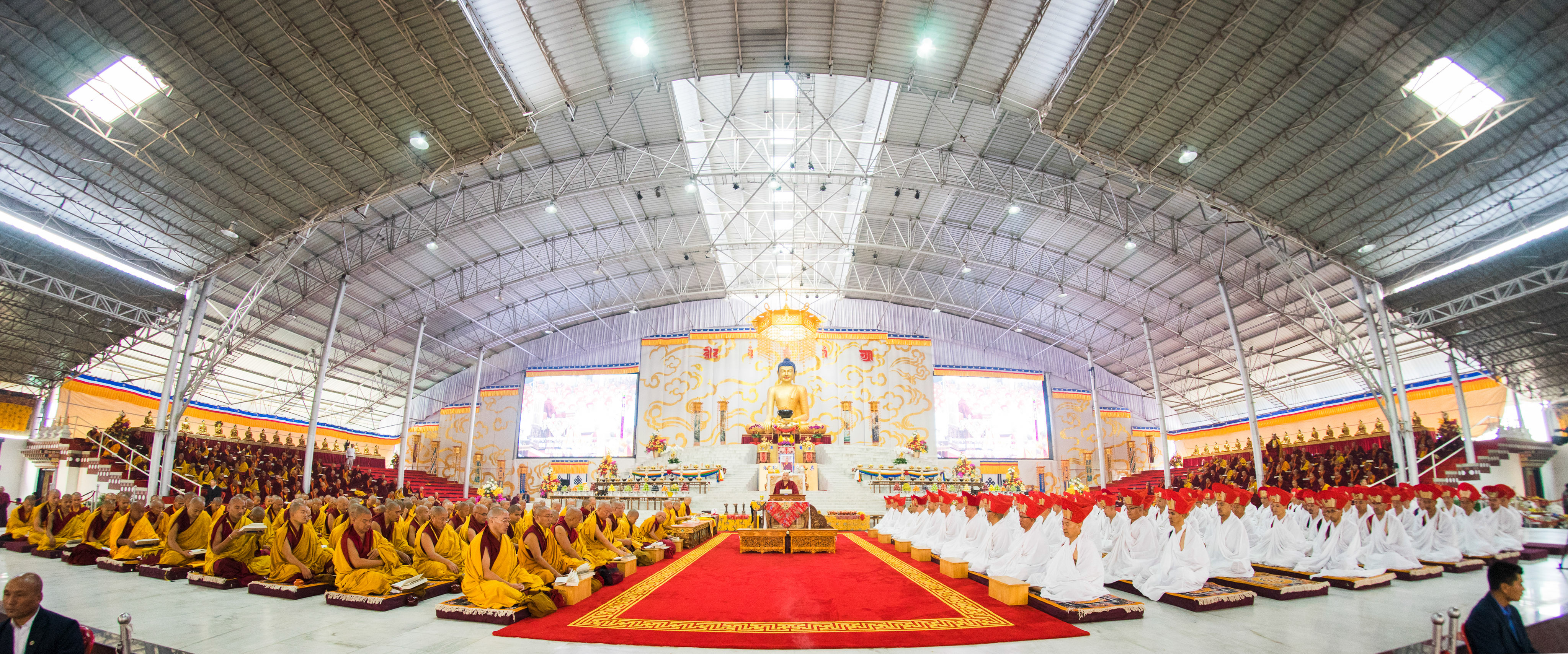 karmapa with monks and yogis