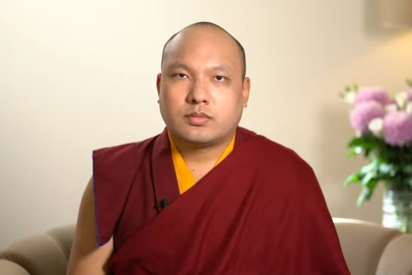 Karmapa Recites Prayers to Guru Rinpoche for the Pandemic to Subside: Day Five